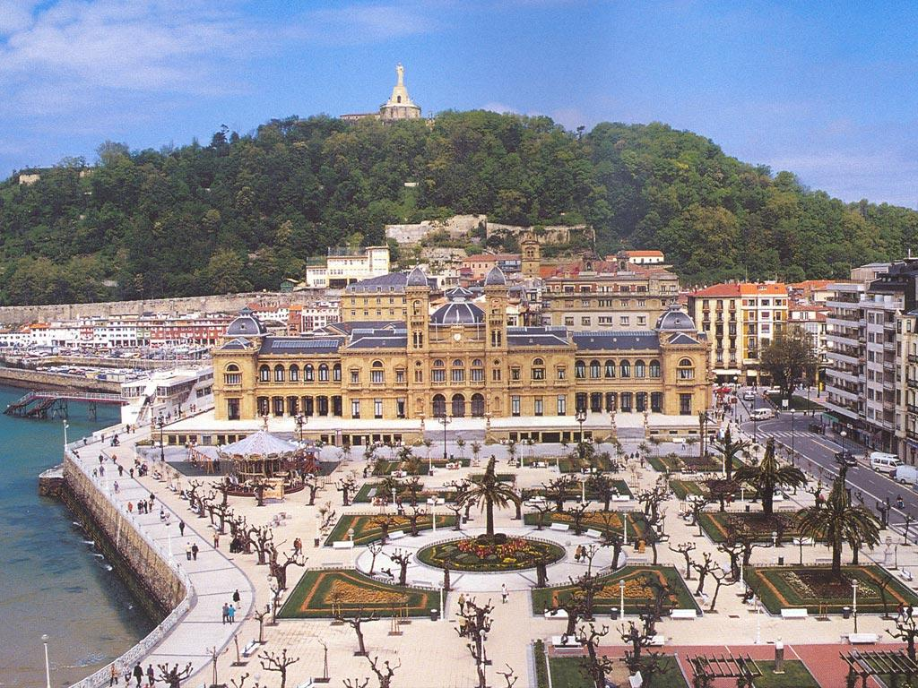 Traveling with travel brochures san sebastian spain - San sebastian pais vasco ...